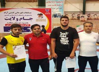 درخشش دانشجویان دانشگاه آزاد اسلامی قزوین در مسابقات کُشتی دانشجویان کشور
