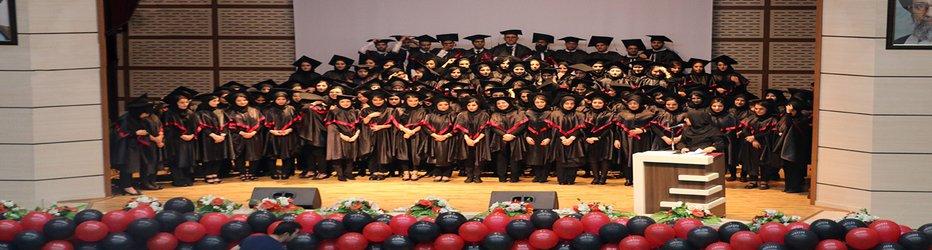 پنجمین جشن دانش آموختگی دانشجویان علوم پزشکی وارستگان برگزارشد.