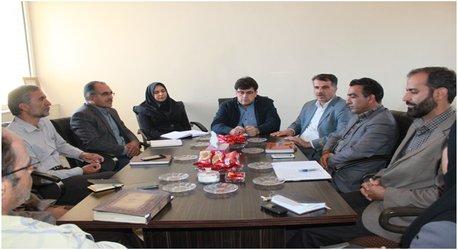 نشست مشترک مسئولین مرکز چهارمحال و بختیاری با همکاران بخش تحقیقات منابع طبیعی