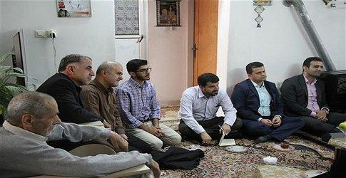 دیدار دانشگاهیان دانشگاه آزاد اسلامی لاهیجان با خانواده دانشجوی شهید اسرافیل خجسته