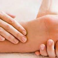 متخصص مغز و اعصاب: گزگز و مورمور شدن پاها را جدی بگیرید