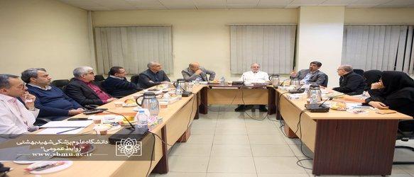 دکتر زالی: پروژه های مشترک بین پژوهشکده غدد و انستیتو تحقیقات تغذیه و صنایع غذایی کشور اجرا می شود