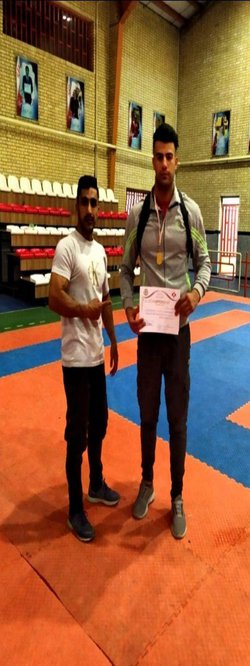قهرمانی دانشجوی واحد اسلام آباد غرب در مسابقات کشوری سبک کیو کوشین کاراته
