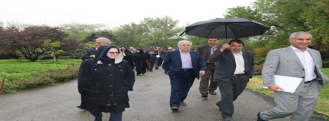 بازدید رئیس سازمان تحقیقات آموزش و ترویج کشاورزی و قائم مقام وزارت علوم تحقیقات و فناوری از باغ گیاهشناسی ملی ایران