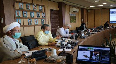 توسعه مزارع گندم بنیان ، کنترل کانو ن های مبارزه با گرد و غبار و انجاممطالعات و اقدامات احداثفلور استان خوزستانرا از دستاوردهای شاخص آن مرکز در سال کذشته عنوان نمود