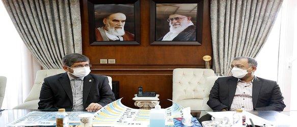 دانشگاه علم و صنعت ایران و سازمان منطقه آزاد کیش دو قرارداد امضا کردند