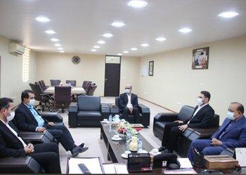 فرماندار تنگستان: ایثار مجموعه بهداشت و درمان در بحث کرونا تحسین همه مردم را برانگیخته است