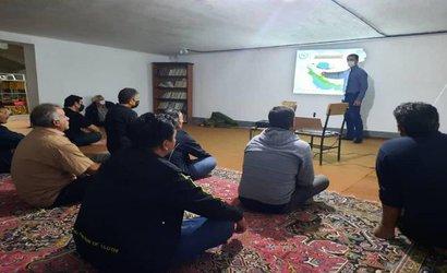 برگزاری دوره آموزشی«تولید نهال صنوبر» توسط محقق مرکز تحقیقات و آموزش کشاورزی و منابع طبیعی استان اردبیل