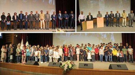 مراسم گرامیداشت هفته دولت و روز کارمند در دانشگاه دامغان برگزار شد