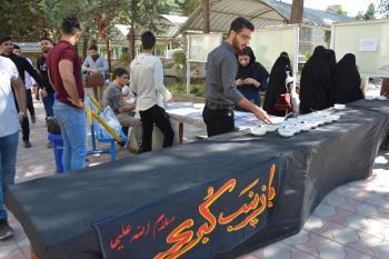 پخت و توزیع آش نذری به مناسبت اربعین حسینی