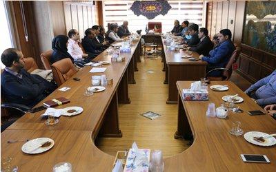 نشست تخصصی اعضای هیات علمی دانشگاه با مدیران شرکت پالایش نفت امام خمینی (ره)