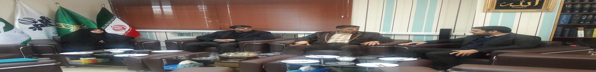دیدار رئیس دانشگاه آزاد اسلامی استان کهگیلویه وبویراحمد با مدیرکل صداو سیمای استان(۱۳۹۷/۱۰/۱۸)