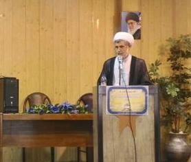 حجت الاسلام واقعی ،ضمن محکومیت طرح ننگین کشف حجاب رضاخانی برگرامیداشت یادوخاطره شهدای عفاف و حجاب تاکید کرد