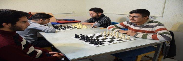 برگزاری مسابقات شطرنج داخل موسسه
